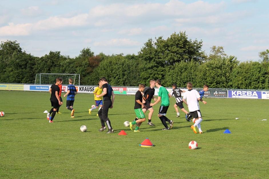 U19-Trainingsauftakt in Bavenstedt