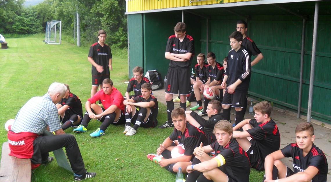 U19 bestreitet Testspiel beim SV Blau-Weiß Neuhof