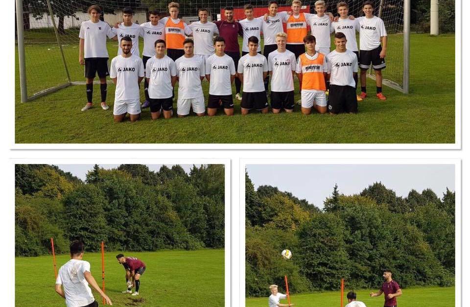 Oberligaspieler leitet Training bei der B Jugend