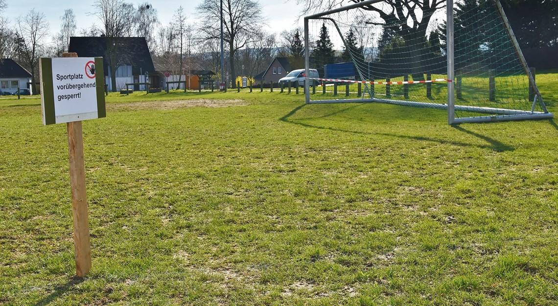 Betreten der Sportanlagen verboten