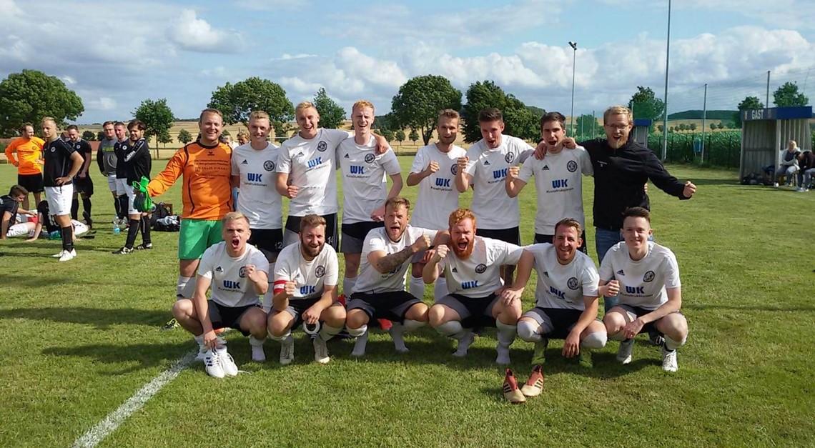 VfL II gewinnt 1. Dion-Fliesen-Cup in Alferde