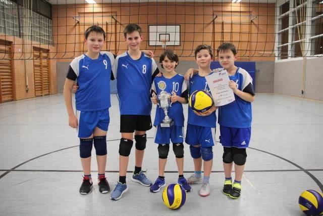 U13-Volleyballer fahren zur NWDM - klarer Meister