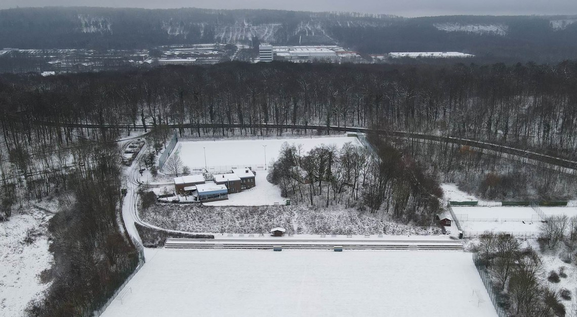 Leicht verschneiter Klingenberg