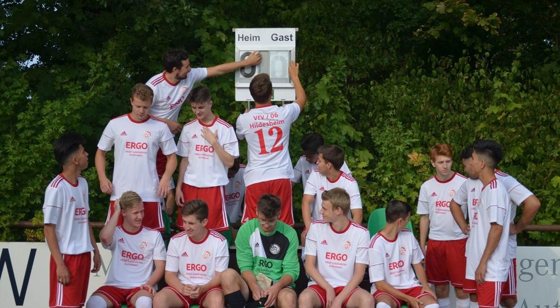 Neu formiertes U19-Bezirksligateam sortiert sich..