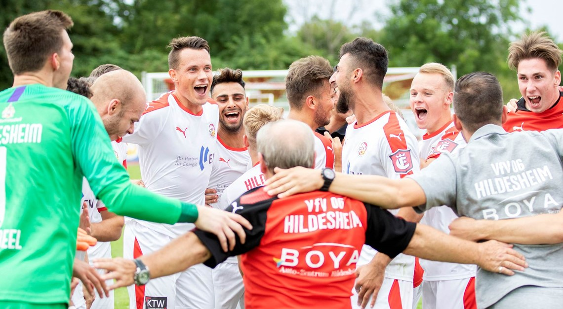 Saustark: 4:0 im Topduell - Jetzt Tabellenführer!