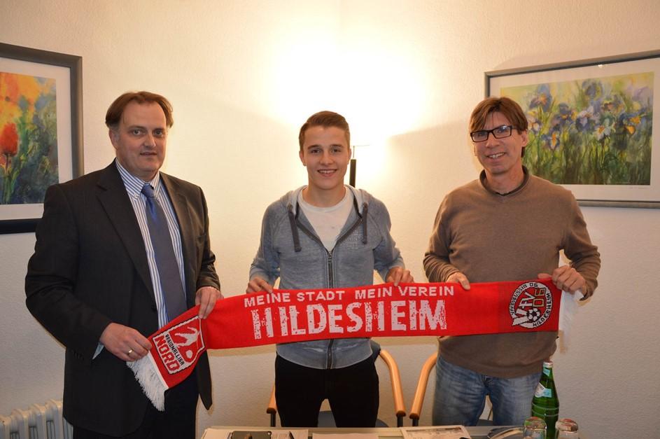 Niklas Teichgräber unterschreibt!