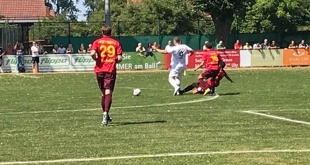 Auftaktsieg über FC Grone