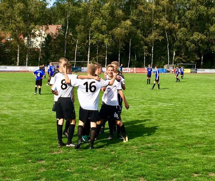 Auswärts-Dreier für die U16