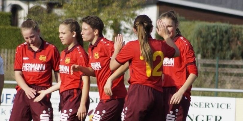 EintrachtFrauen zeigen klare Reaktion in Eisdorf