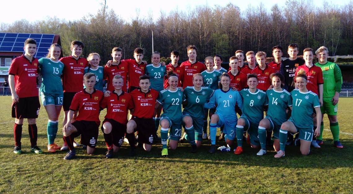 Eintracht U16 gewinnt Testspiel gegen DFB-Mädels