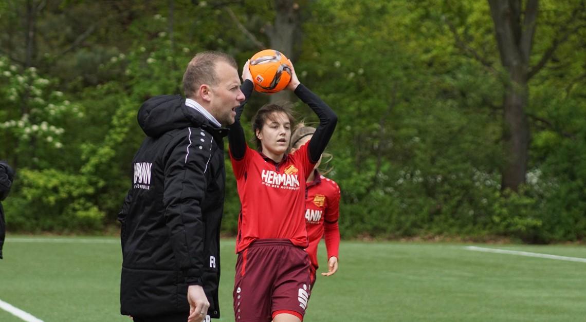EintrachtFrauen empfangen FSG Eisdorf/Hattorf