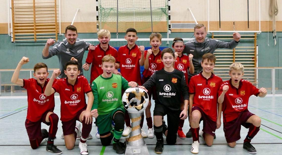 Eintracht U13 gewinnt Speedsoccer-Hallencup 2019