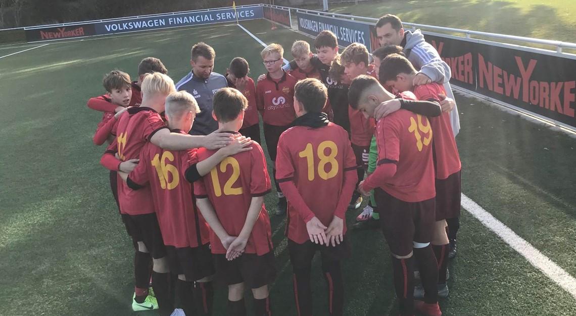 U15 verliert Eintracht-Duell unglücklich
