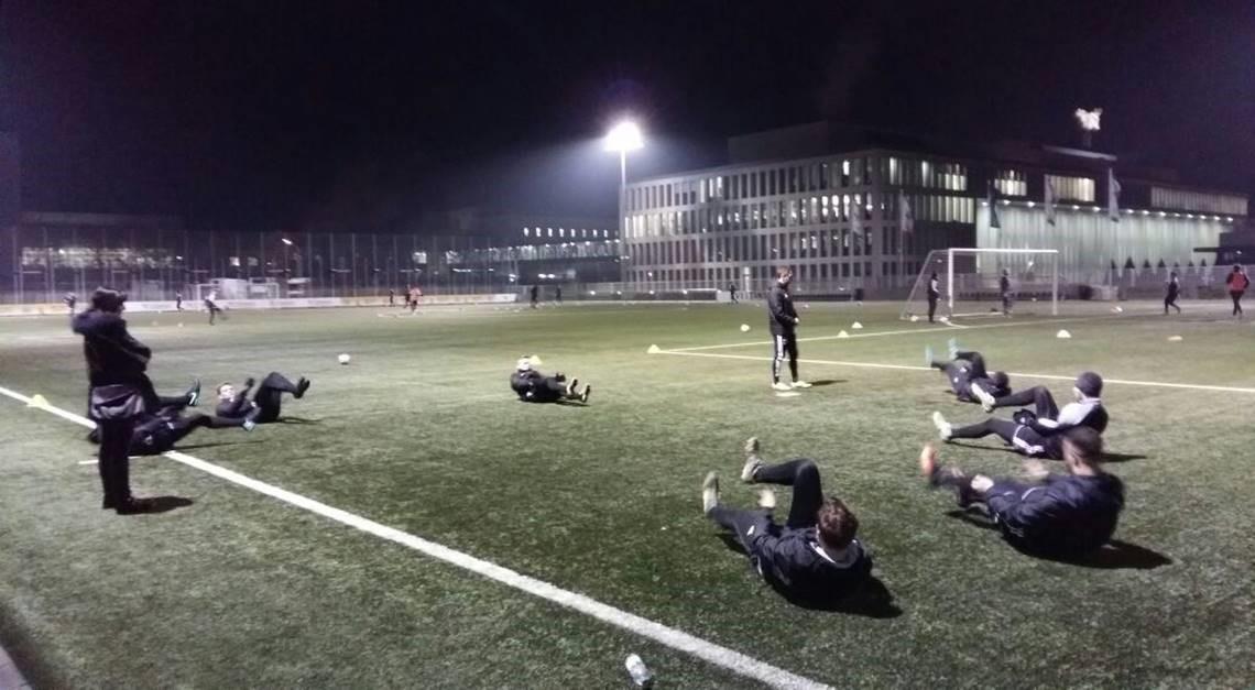 SPORTCLUB startet Training