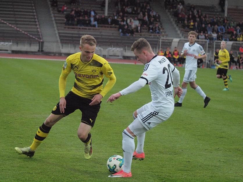 SPORTCLUB will im Stadion Rote Erde punkten