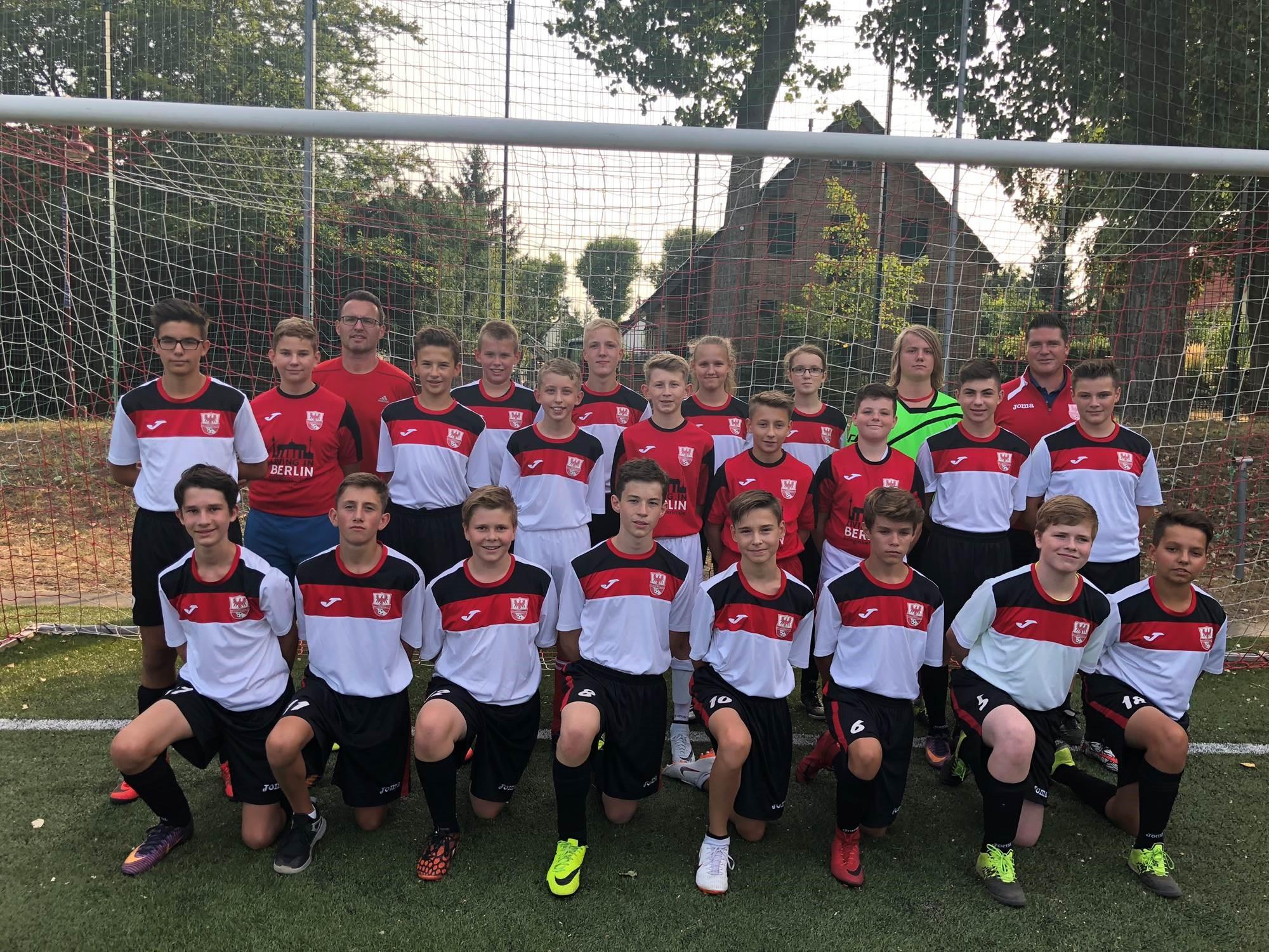 Mannschaftsfoto Fussballclub Neuenhagen