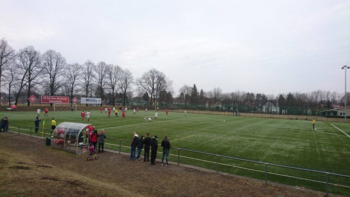 1.Männer: Neuenhagen verspielt Sieg