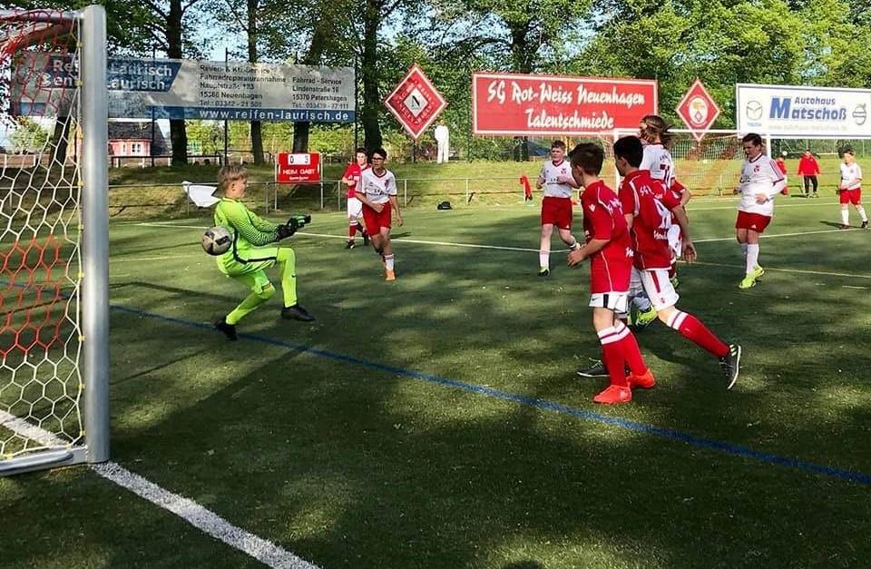 D1: SG siegt im Neuenhagener Derby