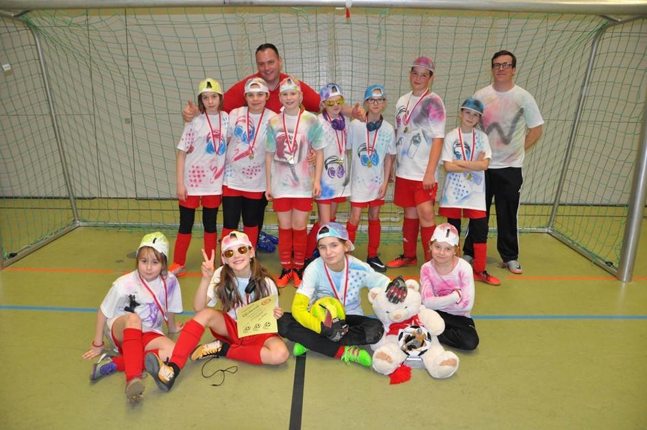 Überragender Turniersieg der E-Juniorinnen