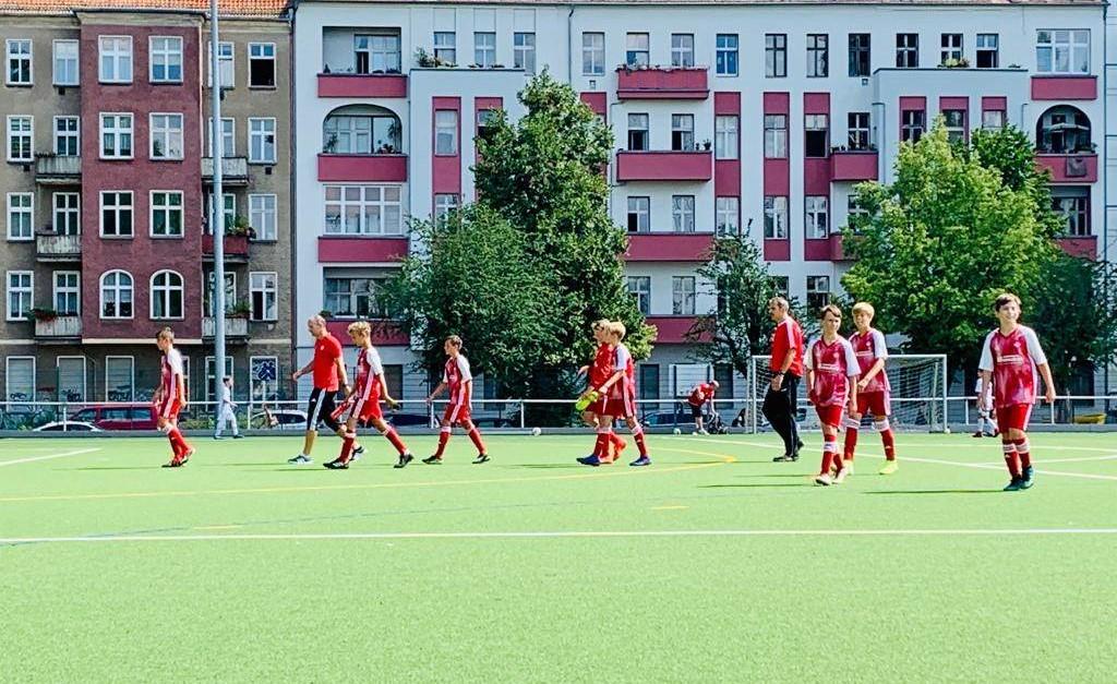 Testspielsieg gegen Empor Berlin