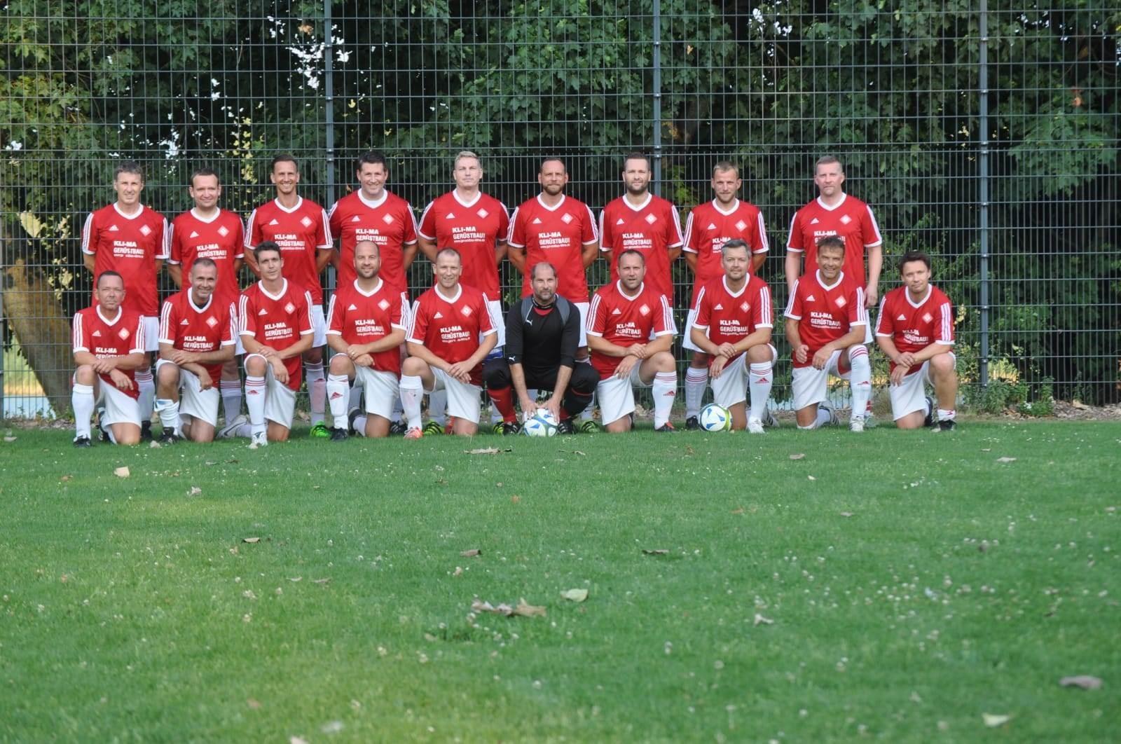 Mannschaftsfoto SG Rot-Weiss Neuenhagen 3