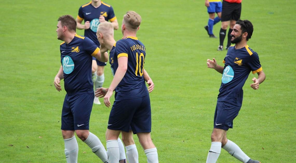 Starke erste Halbzeit sichert TuS FC 3 Punkte