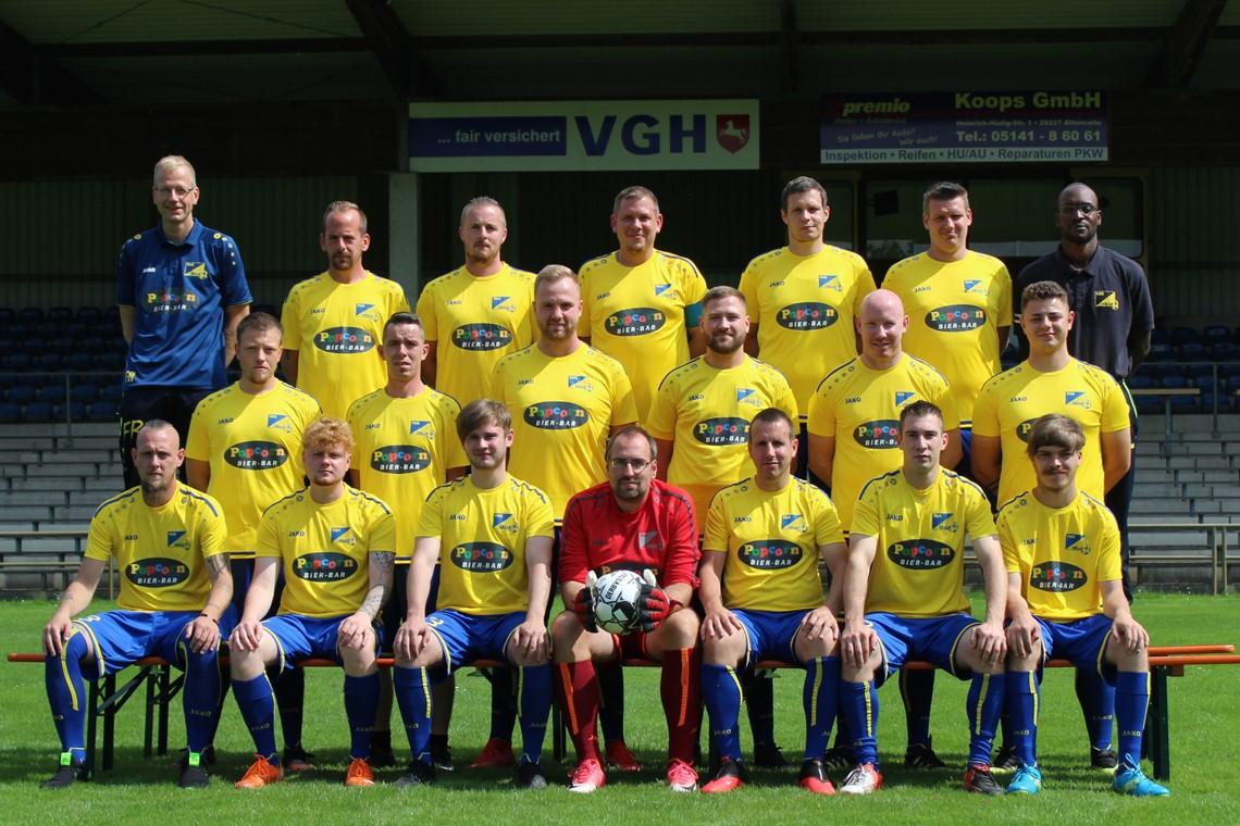 Mannschaftsfoto TuS Celle FC