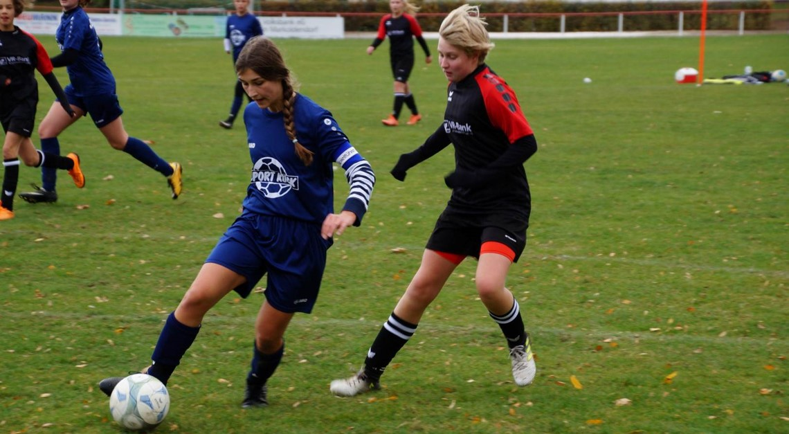B-Juniorinnen: Mit Sieg in die Winterpause