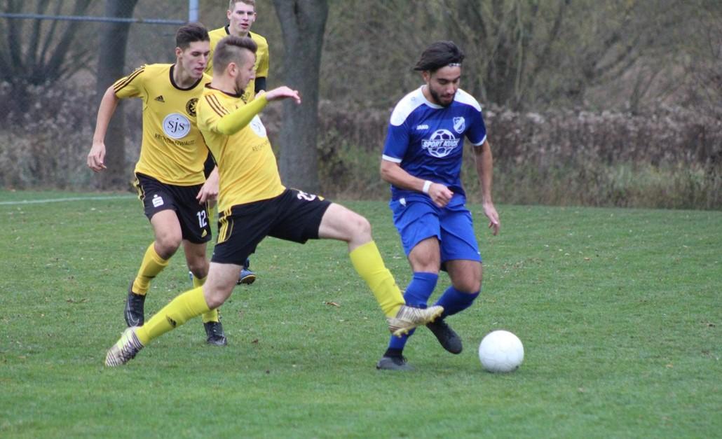 Bezirksliga-Mannschaft in Petershütte zu Gast