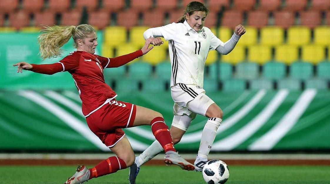 Carlotta Wamser mit U16 DFB Auswahl erfolgreich