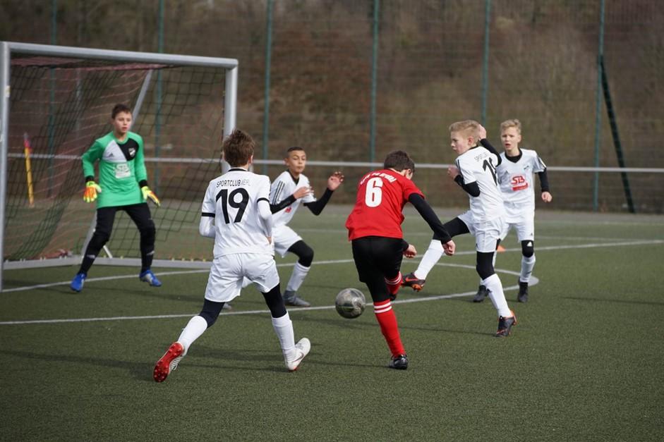 D1 verliert 4:1 gegen SC Verl