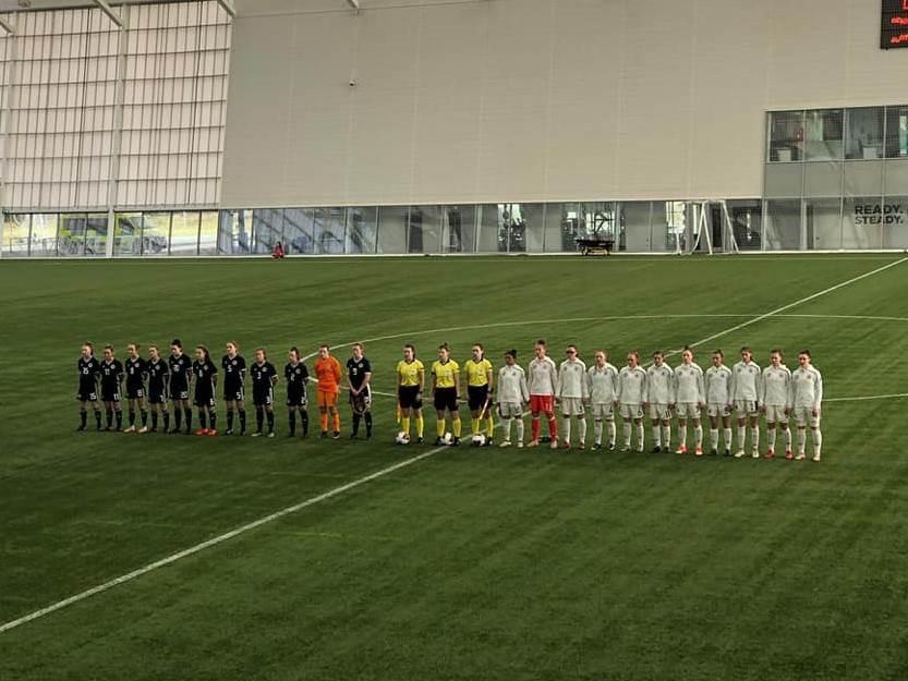 Deutschlands U17 Mädels gewinnen Auftakt