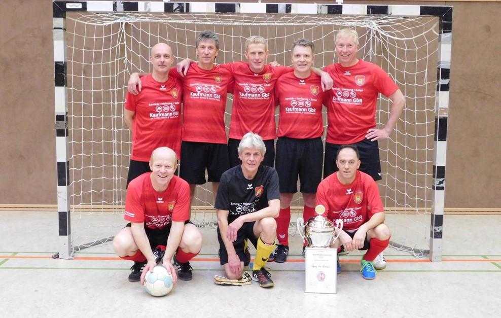 Ü50 holt den Pokal in Dalhausen