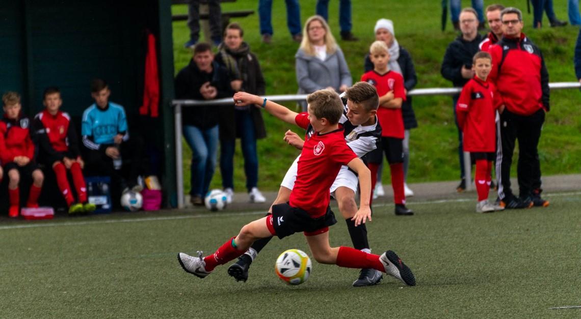 D-Jugend - Punkteteilung im Spitzenspiel