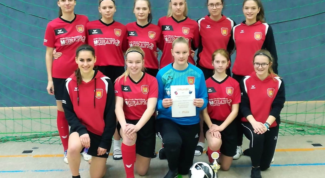 B-Juniorinnen gewinnen Hallenturnier In Beverungen