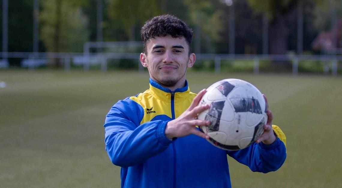 Emiljano Mhjestri verstärkt Oberliga-Kader
