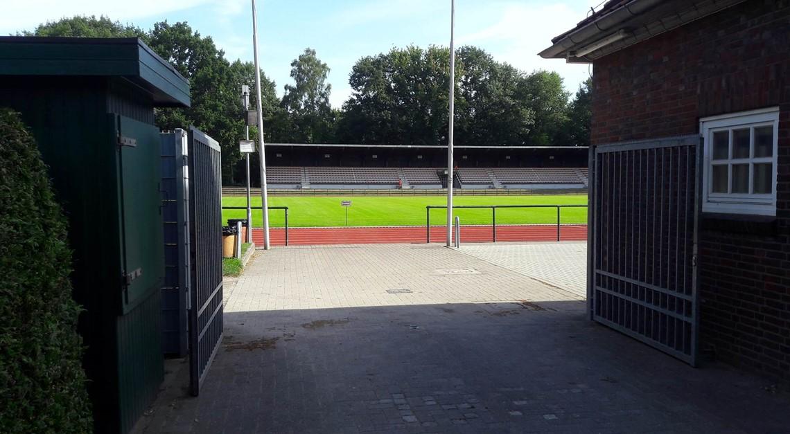Stadt will Stadion auf 4.-Liga-Tauglichkeit prüfen