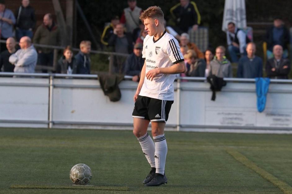 Eigengewächs Marc Gotzeina verlängert bis 2020!