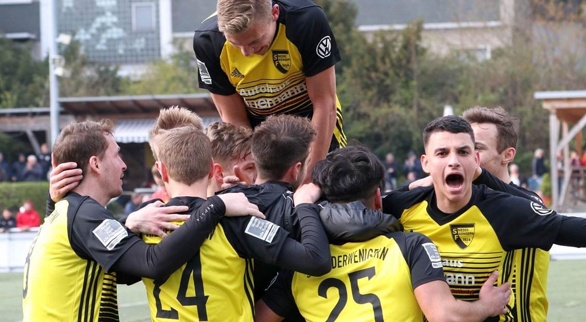 Sportfreunde mit glücklichem Last-Minute-Sieg!