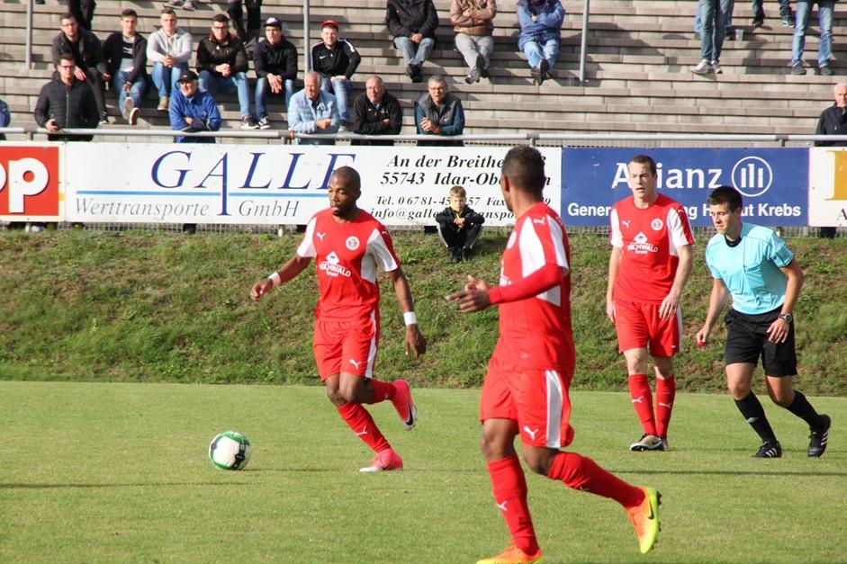 Oberliga-Team verspielt Führung