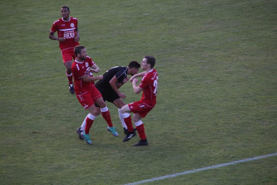 Niederlage gegen TuS Rot-Weiß Koblenz