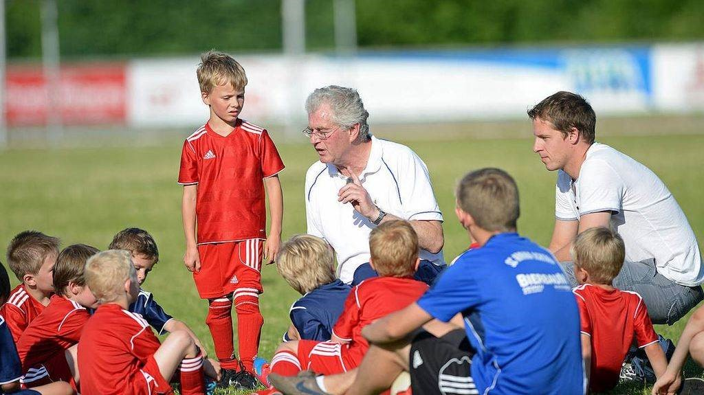 E-Junioren Kennenlerntraining im Haag
