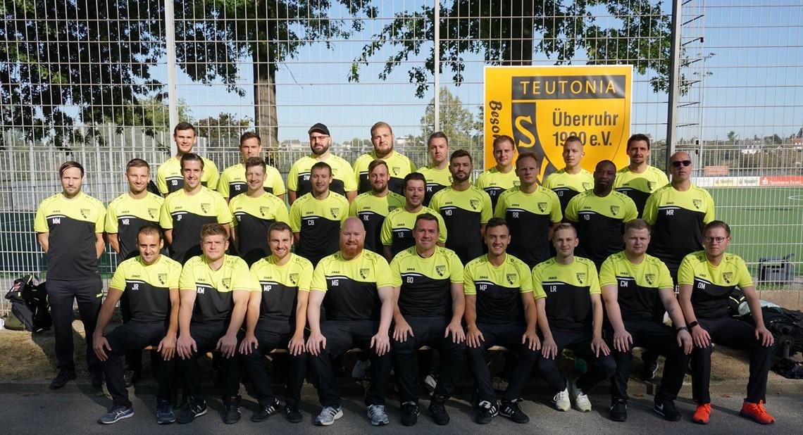 Mannschaftsfoto SV Teutonia Überruhr 2