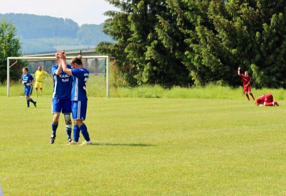 Harter und wichtiger 3:1 Arbeitssieg gegen FC K/G