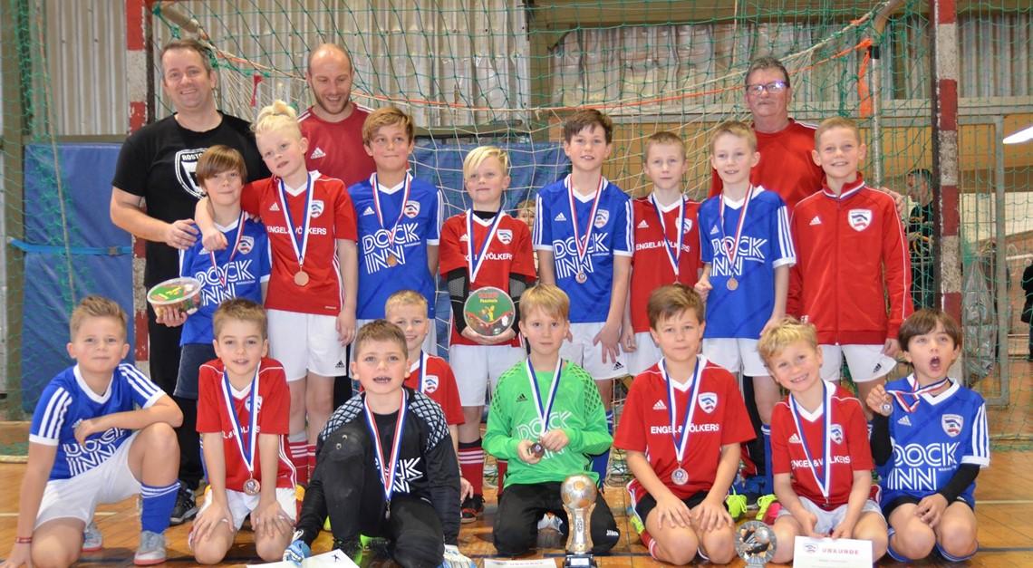 E2 gewinnt eigenes Futsalturnier