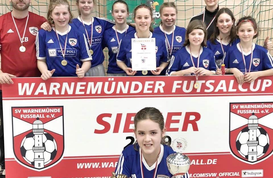 C/D-Juniorinnen gewinnen Futsal Cup in Warnemünde