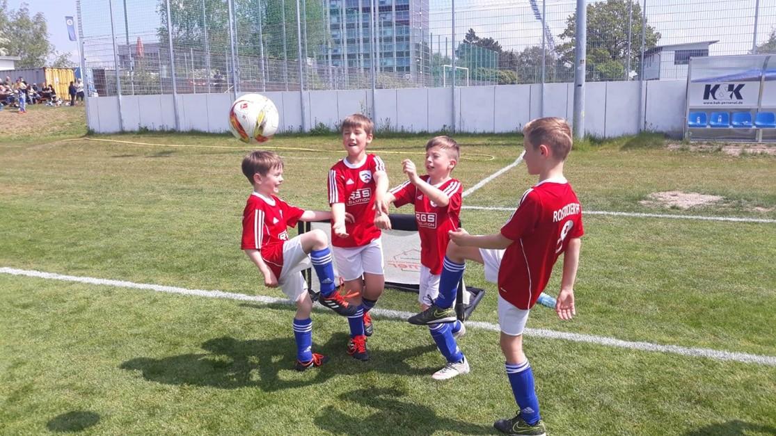 Schöner Fußball-Samstag für die FI-Junioren