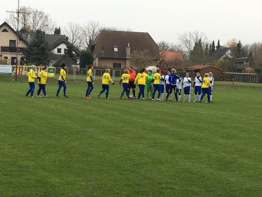 Damen verlieren torreiches Spiel in Markendorf