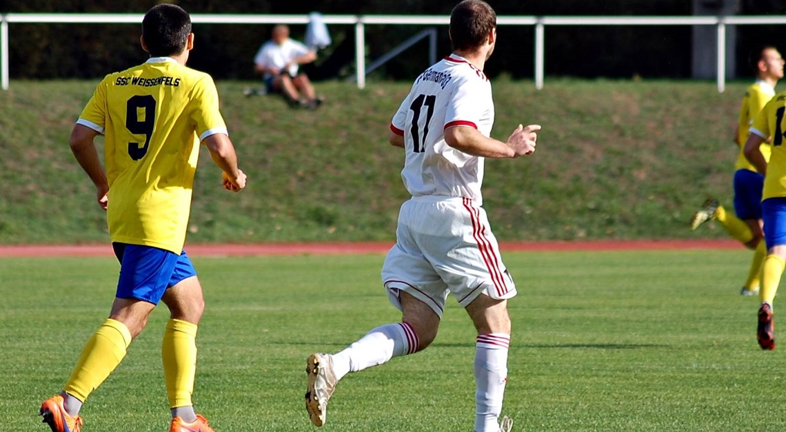 Landespokal: Flutlichtspiel gegen Weißenfels