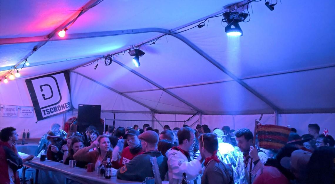 Eindrücke vom SV-Partyzelt am Rosenmontag 2020 🎉